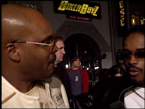 larenz tate at the 'biker boyz' premiere at grauman's chinese theatre in hollywood, california on january 28, 2003. - tlc chinese theater bildbanksvideor och videomaterial från bakom kulisserna