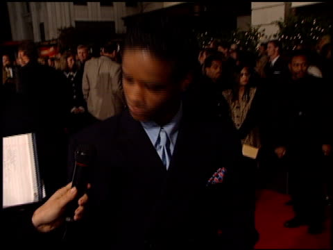 larenz tate at the premiere of 'the postman' at warner theater in burbank california on december 12 1997 - larenz tate stock videos and b-roll footage