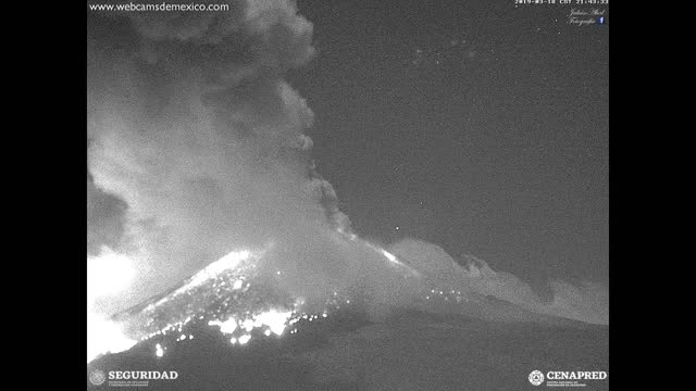 large explosion at mexico's popocatepetl volcano in central mexico rattled buildings in nearby towns and cities on the evening of march 18, and... - three quarter length stock videos & royalty-free footage