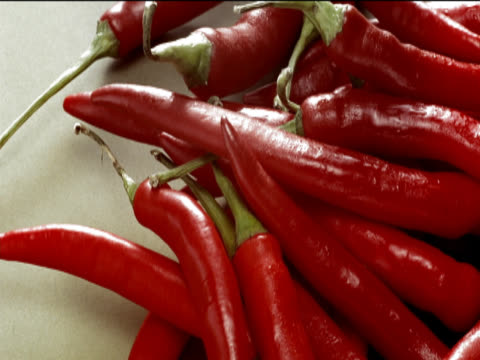 large group of red chillis - chilli pepper stock videos & royalty-free footage