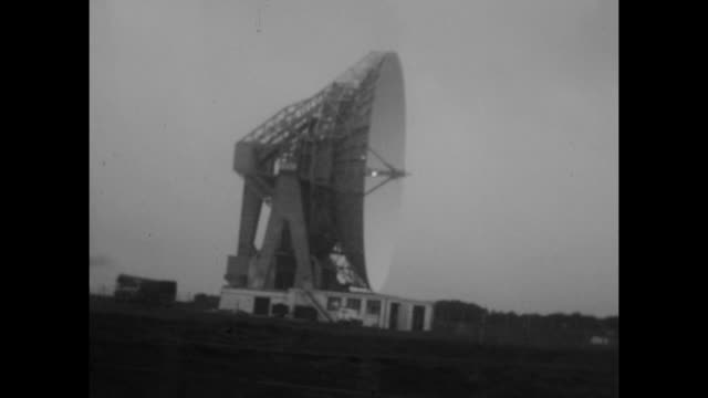 a large military radar base filmed from a moving car in england circa march 1955 - radar stock videos & royalty-free footage
