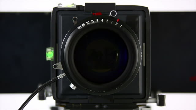 hd large-format camera front view - bländare bildbanksvideor och videomaterial från bakom kulisserna