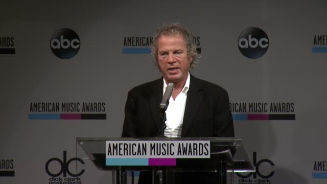 speech larry klein announces the artist of the year at the 2013 american music awards nominations press conference at bb king blues club grill on... - 2013 american music awards stock videos & royalty-free footage