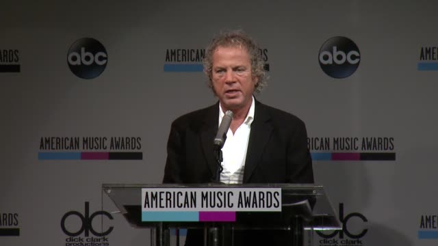 speech larry klein announces the favorite male artist for soul/rb at the 2013 american music awards nominations press conference at bb king blues... - soul music stock videos & royalty-free footage