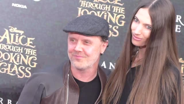 lars ulrich jessica miller at the premiere of disney's alice through the looking glass at el capitan theatre in hollywood at celebrity sightings in... - el capitan theatre bildbanksvideor och videomaterial från bakom kulisserna