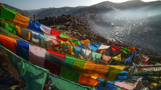 larung gar(larung five sciences buddhist academy). a famous lamasery in seda, sichuan, china. - seda stock videos & royalty-free footage
