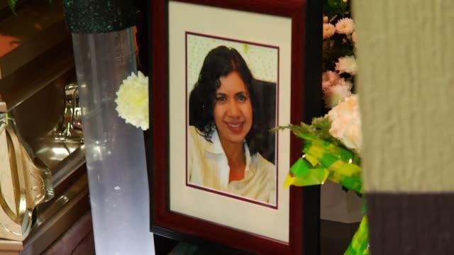 Las autoridades mexicanas investigan el asesinato de la periodista Alicia Diaz de 52 anos que fue encontrada muerta el jueves en su domicilio con...