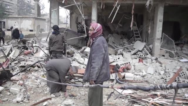 Las fuerzas sirias y rusas mantuvieron el jueves la presion contra el enclave rebelde de Guta Oriental mientras que la tregua unilateral seguia sin...