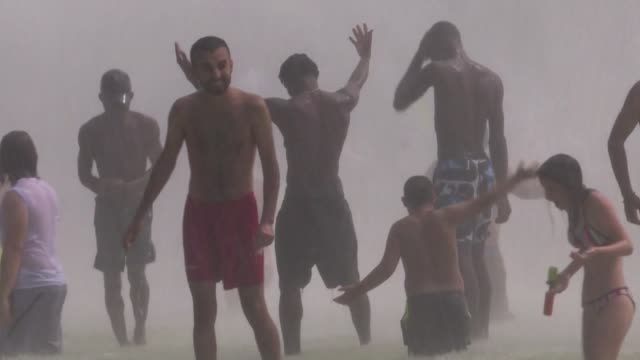 vídeos y material grabado en eventos de stock de las temperaturas de julio de 2019 fueron las mas altas en el mundo desde que se tiene registro dijo el jueves la administracion nacional oceanica y... - jueves