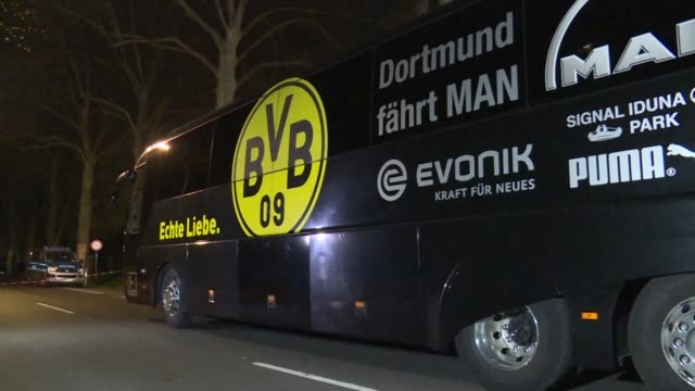 Las tres explosiones que danaron el martes el autobus del Borussia Dortmund cuando se dirigia al estadio para jugar la ida de los cuartos de final de...
