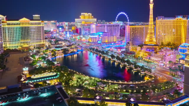 las vegas aerial view to city center - 4k resolution stock videos & royalty-free footage