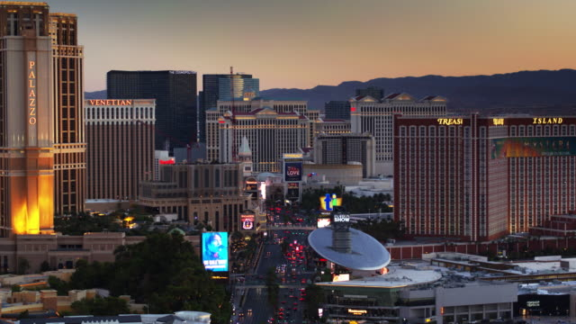 las vegas and the strip at sunset - aerial shot - dusk stock videos & royalty-free footage