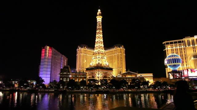ws las vegas at night, paris eiffel tower/nevada - paris las vegas stock videos & royalty-free footage