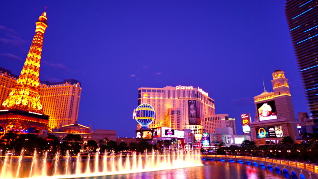 las vegas cityscape - fountain stock videos & royalty-free footage
