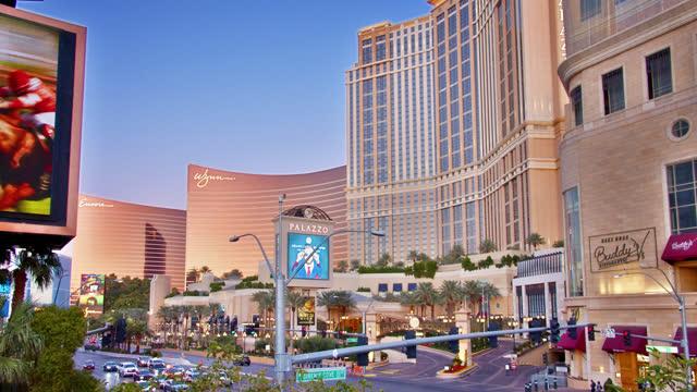 las vegas. hotel. casino. - ラスベガスヒルトン点の映像素材/bロール