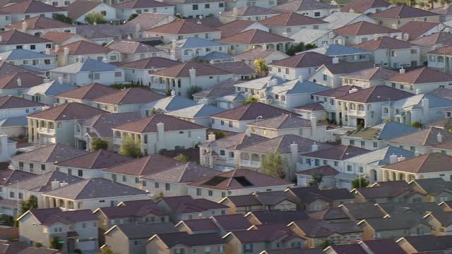 A Las Vegas neighborhood demonstrates suburban sprawl.