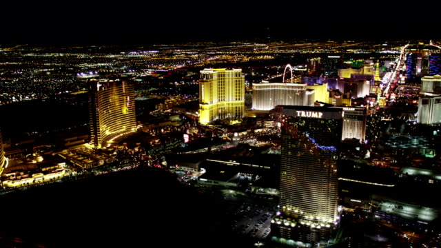 las vegas strip aerial view at night - the mirage las vegas stock videos & royalty-free footage