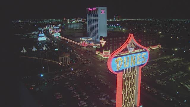 h-d las vegas strip - night - las vegas stock videos & royalty-free footage
