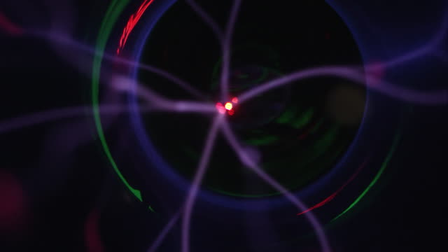 lasers of plasma ball moving in slow motion - オレム点の映像素材/bロール