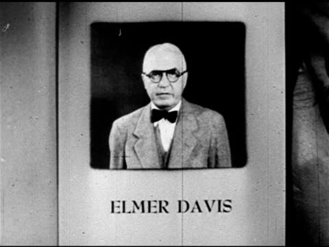 stockvideo's en b-roll-footage met pages last commentator giving introduction of self elmer davis political climate - commentator