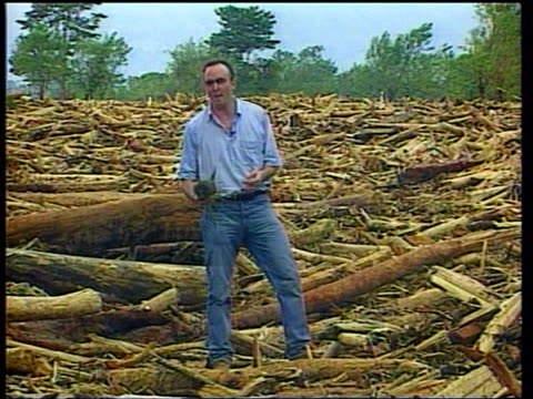 Last ever 'News At Ten' LIB Ext James Mates i/c from pineapple plantation devastated by Hurricane Mitch SOT Terry Lloyd bids farewell to Sir Ranulph...