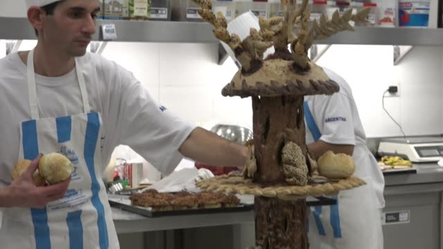 stockvideo's en b-roll-footage met latin american bakers compete for the copa america a competition ahead of the continental football tournament whose winners will go to the baking... - wereldkampioenschap sport