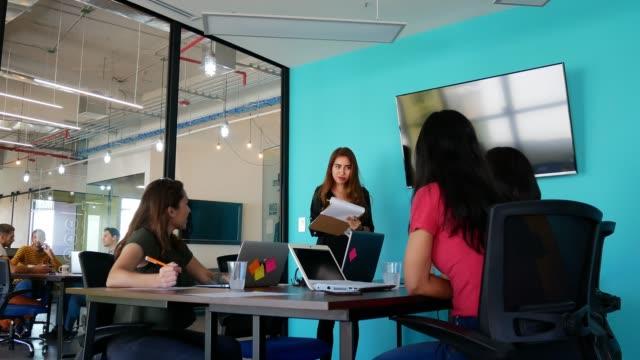latina businesswoman having speech for start up business idea - girl power stock videos & royalty-free footage