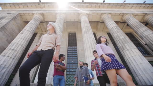 latino-amerikanische student - buenos aires stock-videos und b-roll-filmmaterial