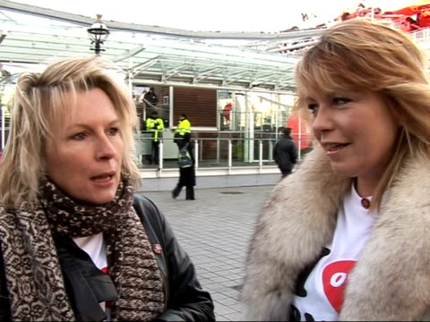 celebrities launch red nose day at london eye jennifer saunders interview sot excited to be here / seeing sugababes and girls aloud as one package /... - jennifer saunders stock videos & royalty-free footage