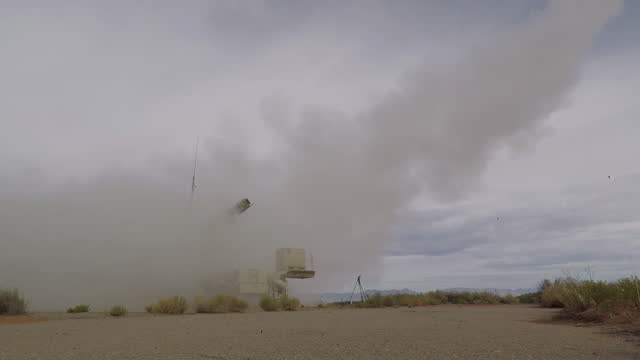 launch of a pac-3 mse missile during a missile defense agency test at white sands missile range, new mexico. - 国防省点の映像素材/bロール
