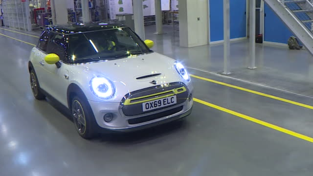 launch of bmw electric mini at bmw car plant in cowley oxford - car stock videos & royalty-free footage