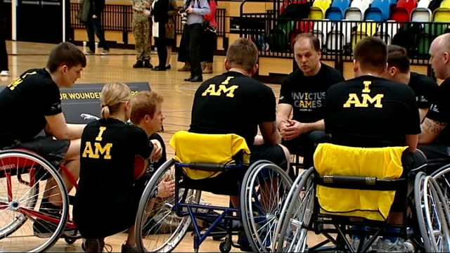 stockvideo's en b-roll-footage met launch of invictus games for injured soldiers: prince harry meeting athletes; england: london: stratford: copper box: int prince harry playing... - atlete