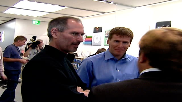 launch of i-phone; 18.9.2007 location unknown: steve jobs and matthew key chatting - steve o stock videos & royalty-free footage