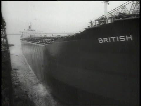 vídeos de stock, filmes e b-roll de launching of largest tanker ever built in britain / united kingdom - roupa de bebê
