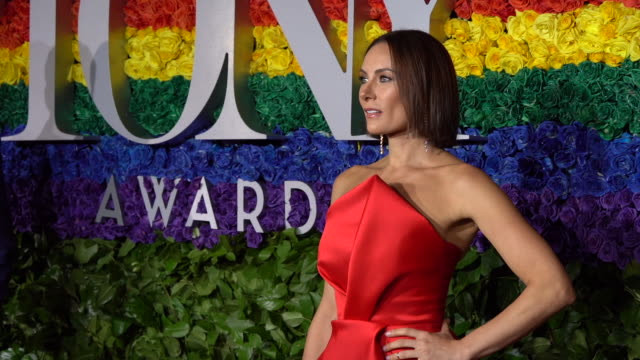laura benanti at the 73rd annual tony awards arrivals at radio city music hall on june 09 2019 in new york city - laura benanti stock videos and b-roll footage