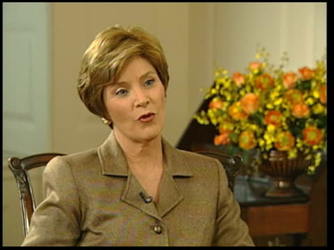 laura bush meets trevor mcdonald; lunchtime news: u'lay speaking about bush giving up alcohol - laura bush stock videos & royalty-free footage
