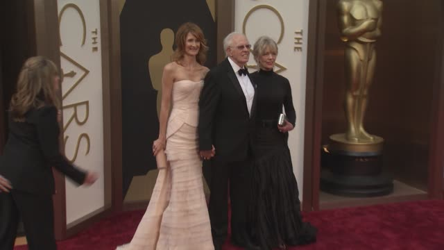 laura dern and bruce dern at the 86th annual academy awards - arrivals at hollywood & highland center on march 02, 2014 in hollywood, california. - laura dern stock videos & royalty-free footage