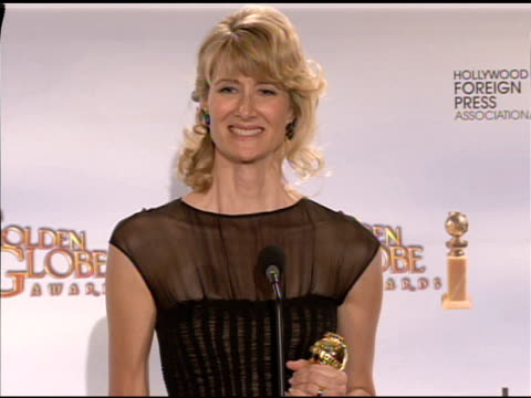 vidéos et rushes de laura dern at the 66th annual golden globe awards press room at los angeles ca. - golden globe awards