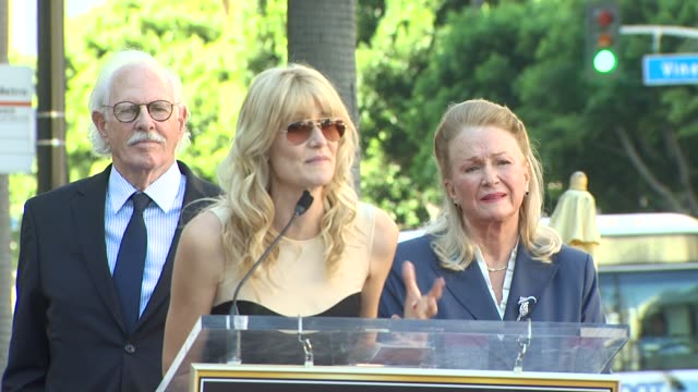 laura dern at the bruce dern, laura dern and diane ladd honored at the hollywood walk of fame at hollywood ca. - laura dern stock videos & royalty-free footage
