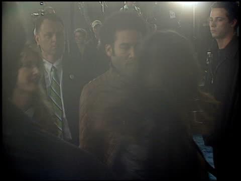 vídeos y material grabado en eventos de stock de laura dern at the 'catch me if you can' premiere on december 16 2002 - laura dern