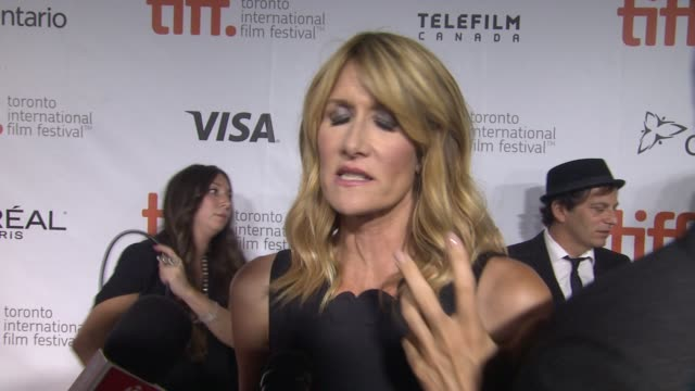 vídeos de stock, filmes e b-roll de laura dern on being part of this film, what she hopes the audience will take away from the film, and why it's important to tell the stories of strong... - festival de cinema de toronto