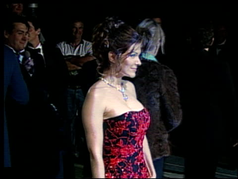 laura harring at the 2002 academy awards vanity fair party at morton's in west hollywood california on march 24 2002 - オスカーパーティー点の映像素材/bロール