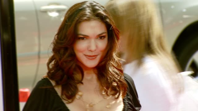 laura harring at the 'nancy drew' premiere at grauman's chinese theatre in hollywood california on june 10 2007 - laura harring stock videos & royalty-free footage