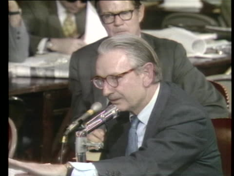 laurance rockefeller testifies before the senate committee on rules concerning financing a book that was critical of arthur goldberg. - kritiker stock-videos und b-roll-filmmaterial
