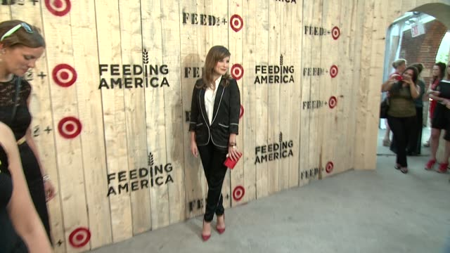 lauren bush lauren actress sophia bush and mamie gummer at feed usa target launch event on june 19 2013 in new york new york - lauren bush lauren stock videos & royalty-free footage