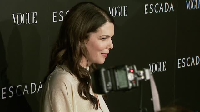 lauren graham at the the grand opening of the beverly hills flagship boutique celebrated by escada hilary swank and vogue at escada in beverly hills... - escada stock videos & royalty-free footage