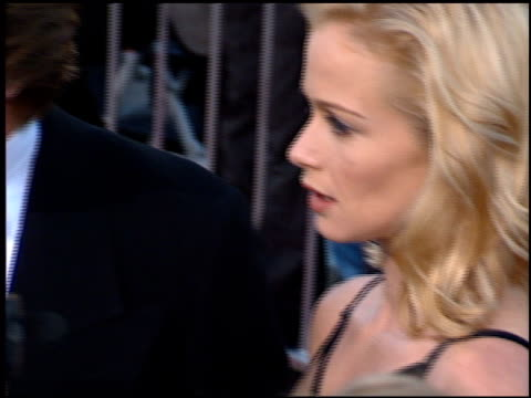 lauren holly at the 'batman foreve'r premiere on june 9 1995 - lauren holly stock videos and b-roll footage