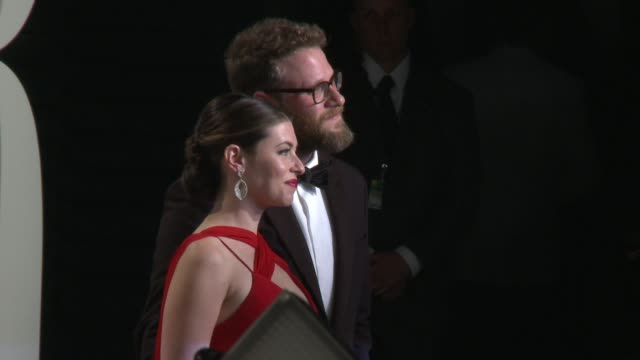 lauren miller seth rogen at 2017 vanity fair oscar party hosted by graydon carter on february 26 2017 in beverly hills california - oscar party stock-videos und b-roll-filmmaterial