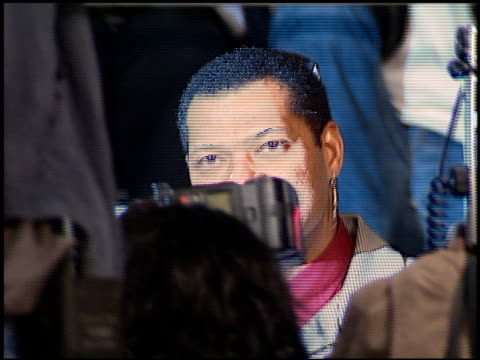 Laurence Fishburne at the Premiere of 'The World is not Enough' on November 8 1999