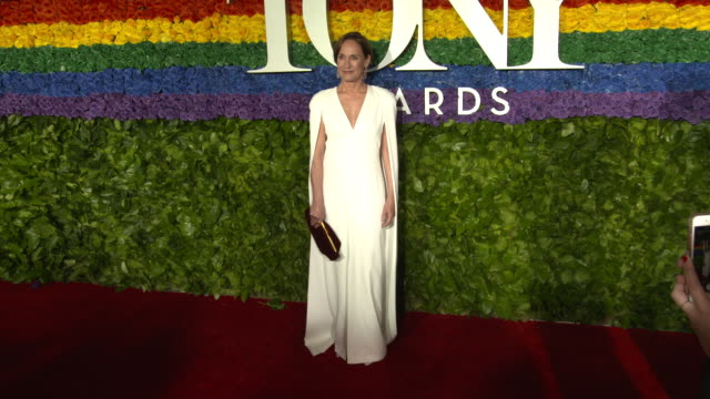 laurie metcalf at the 73rd annual tony awards arrivals at radio city music hall on june 09 2019 in new york city - annual tony awards stock videos & royalty-free footage